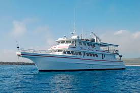 Reina Silvia - A great last minute offer for the Galapagos Islands boat cruises